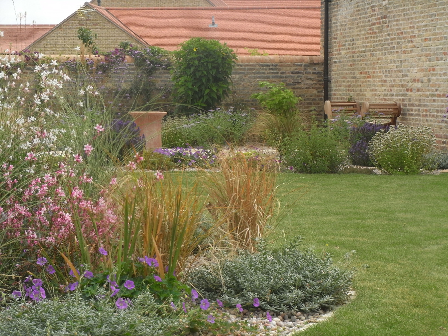 Showcase garden plans for east anglia by anna mcarthur for Garden design questionnaire